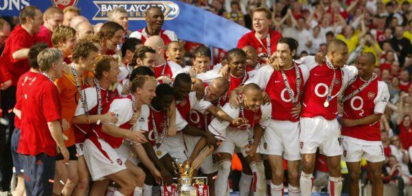 Arsenal 2003/2004 fot. Archiwum/NajlepszePiosenki.pl