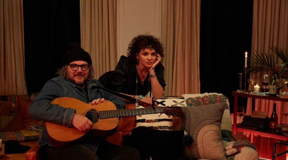 """Jeff Tweedy i Norah Jones na planie teledysku """"I'm Alive"""""""