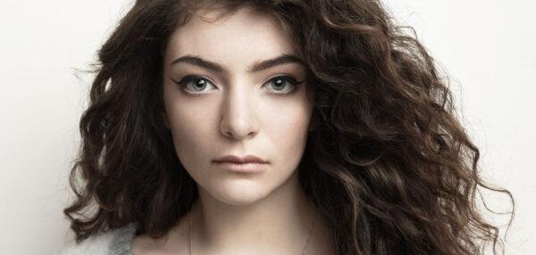 """Lorde przygotowała soundtrack """"Igrzyska Śmierci: Kosogłos. Część 1"""" fot. Universal Music Polska/NajlepszePiosenki.pl"""